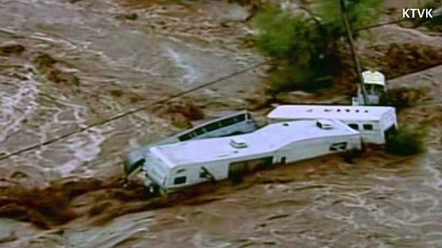 dnt gray week of flooding _00000706.jpg