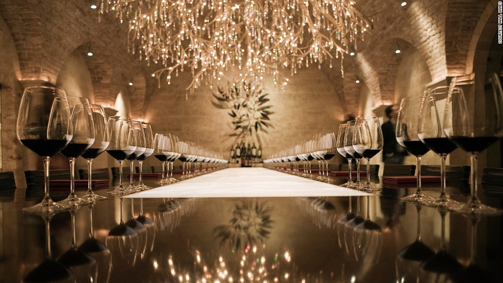 Hall Rutherford at the Sacrashe Vineyard has 14,000 square feet of caves, a dazzling reception area and a spectacular chandelier dressed in hundreds of Swarovski crystals.