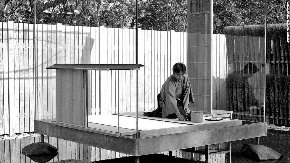 On the island of San Giorgio Maggiore, Japanese artist Hiroshi Sugimoto designed the Glass Tea House Mondrian, a transparent structure where traditional tea ceremonies have been held throughout the Biennale.