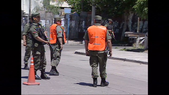 cnnee pkg ivan sarmenti security_00011117.jpg