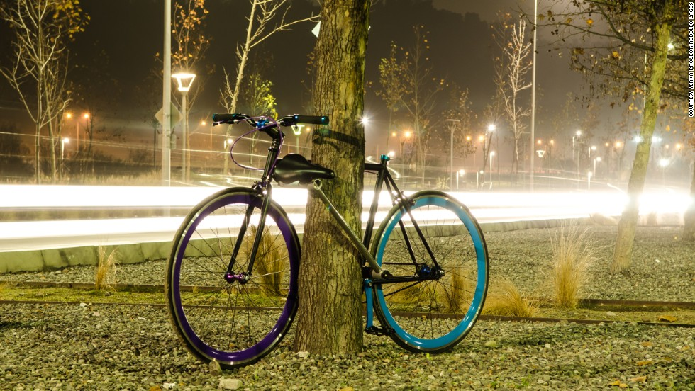 Almost 200 bikes have been sold via a worldwide crowdfunding campaign, with a further 100 on order for sale in Chile. The entrepreneurs are seeking $1 million in investment to take the product global from 2017.