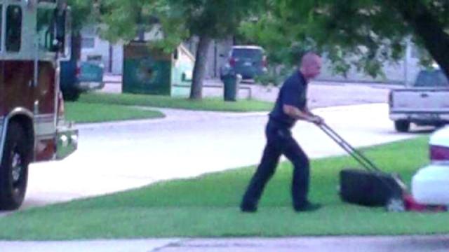 firefighter mows lawn_00003312.jpg