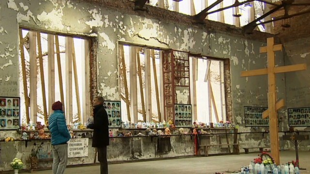 pkg walsh rus beslan 10 years_00004530.jpg