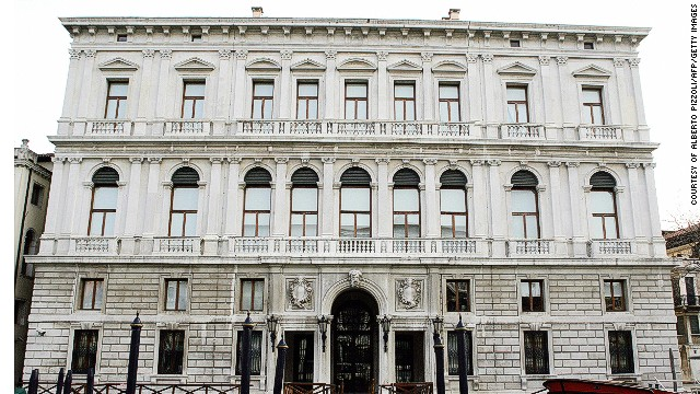 This 18th century palazzo houses the Prada Foundation