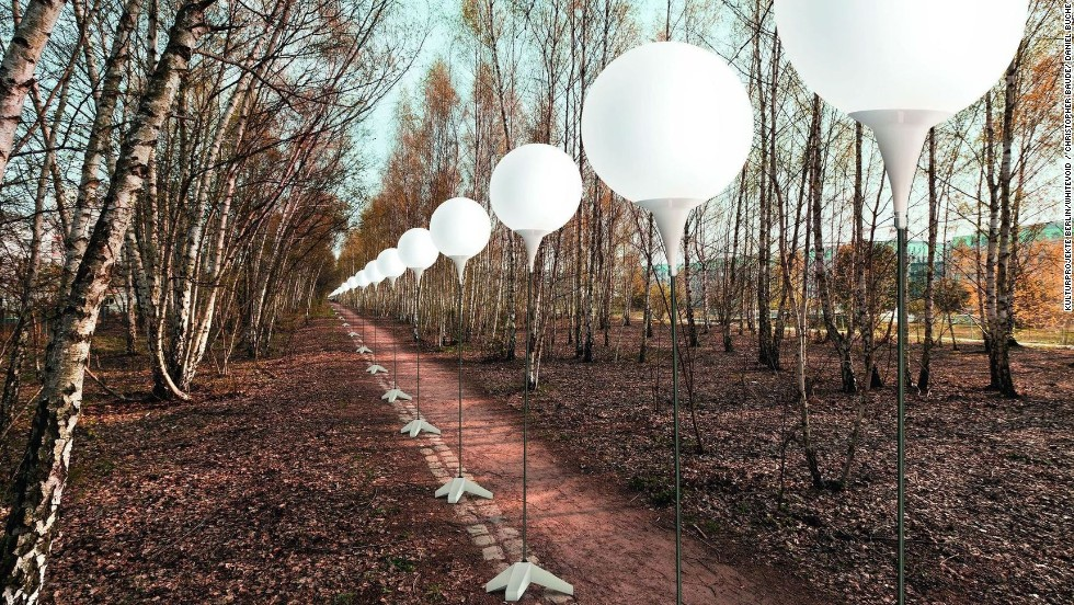 "With 8,000 balloons along the former Berlin Wall, ""Lichtgrenze"" (Border of Lights) marks the 25th anniversary of its collapse. The one-time installation will end in November 2014 with the balloons released into the sky."