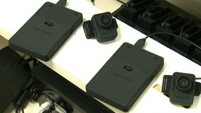 Sen. McCaskill pushes use of body cams