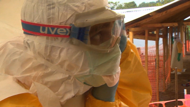Sierra Leone plans Ebola lockdown