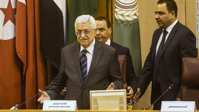 Palestinian Authority President Mahmoud Abbas (center) at the headquarters of the Arab League in the Egyptian capital Cairo on September 7, 2014.