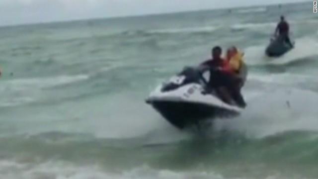 dnt pilot rescue miami beach_00000129.jpg