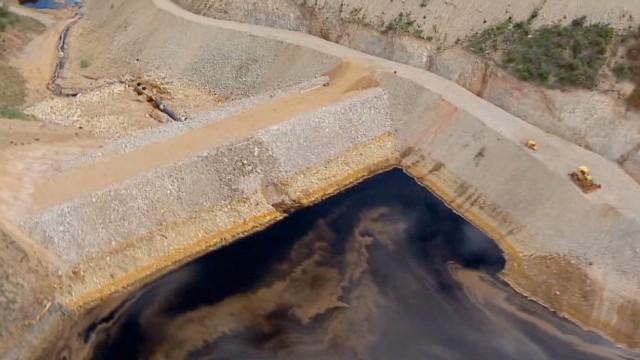 cnnee rodriguez mexico river contamination_00012914.jpg