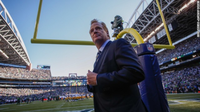 SEATTLE, WA - SEPTEMBER 04: NFL commissioner Roger Goodell walks the sidelines prior to the game between the Seattle Seahawks and the Green Bay Packers at CenturyLink Field on September 4, 2014 in Seattle, Washington. (Photo by Otto Greule Jr/Getty Images)