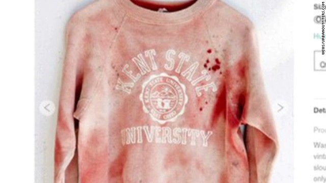 dnt offensive kent state sweatshirt urban outfitters_00002005.jpg