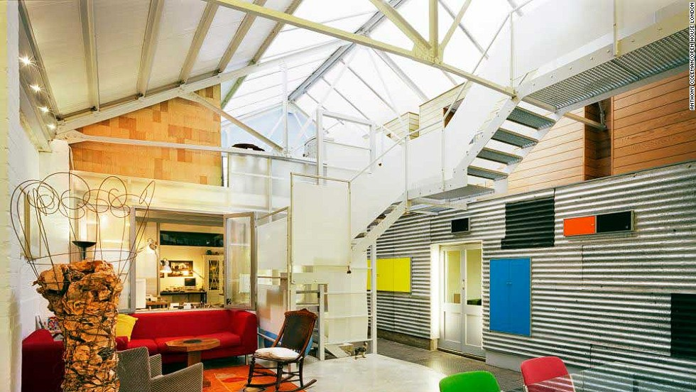 Once a 1930s milk depot, Quay House was converted in 2001 into an architect's studio and home.