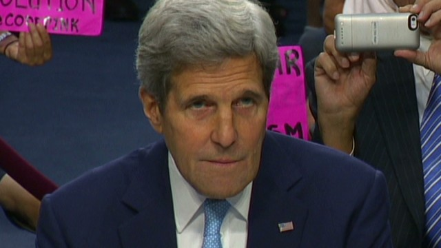 Kerry gets heckled by protester