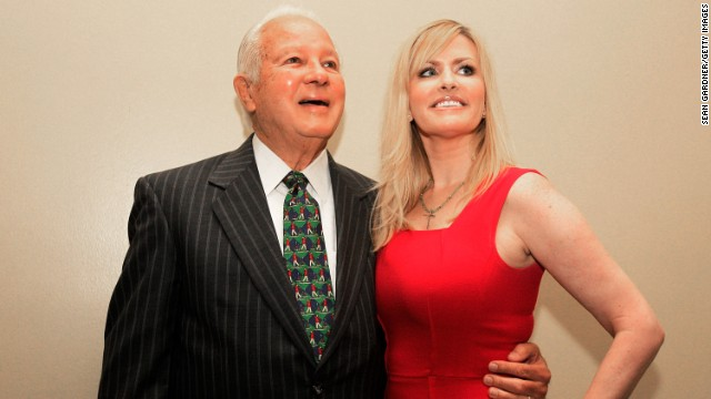 Former Louisiana Gov. Edwin Edwards poses with his wife Trina Scott Edwards in 2014.