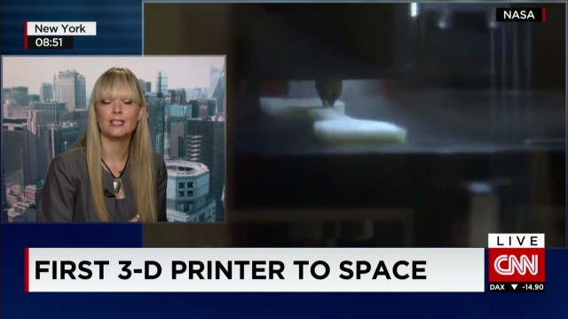 ns intv nasa 3d printer in space_00012930.jpg