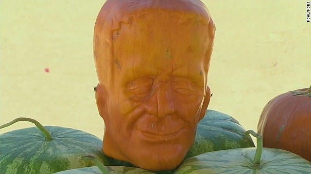 pkg farmer grows ghoulish pumpkins _00003217.jpg