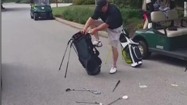 erin dnt moos golfer meltdown _00014828.jpg