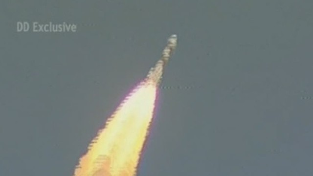 India enters Mars orbit on first attempt