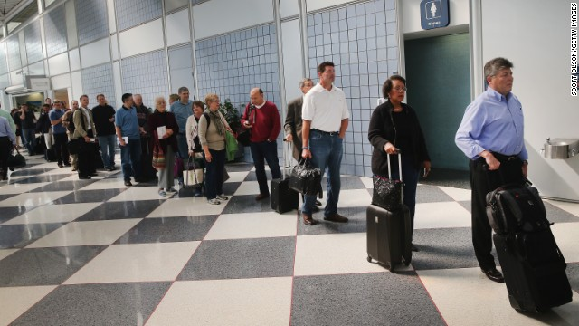 Ebola screenings ordered at U.S. airports