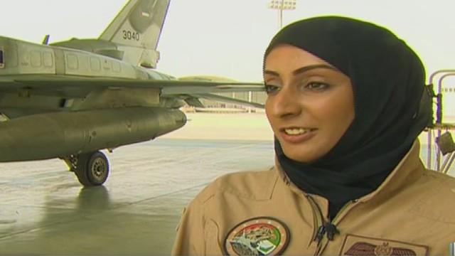 cnnee camilo egana pilots women_00003020.jpg