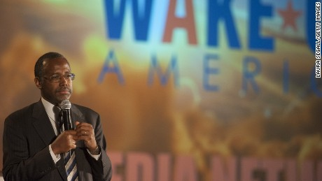 Caption:SCOTTSDALE, AZ - SEPTEMBER 5: Dr. Ben Carson speaks as the keynote speaker at the Wake Up America gala Event September 5, 2014 at the Westin Kierland Resort in Scottsdale, Arizona. Carson is a retired neurosurgeon who would run in the 2016 Presidential campaign as a conservative for the Tea Party. (Photo by Laura Segall/Getty Images)