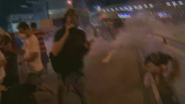 vo watson hong kong crowd tear gas _00000917.jpg