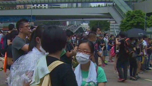 Protesters jamming HK business district