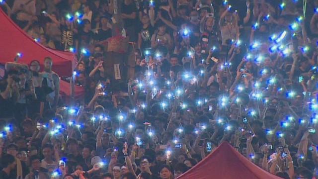 watson pkg stormy hong kong protests_00021824.jpg