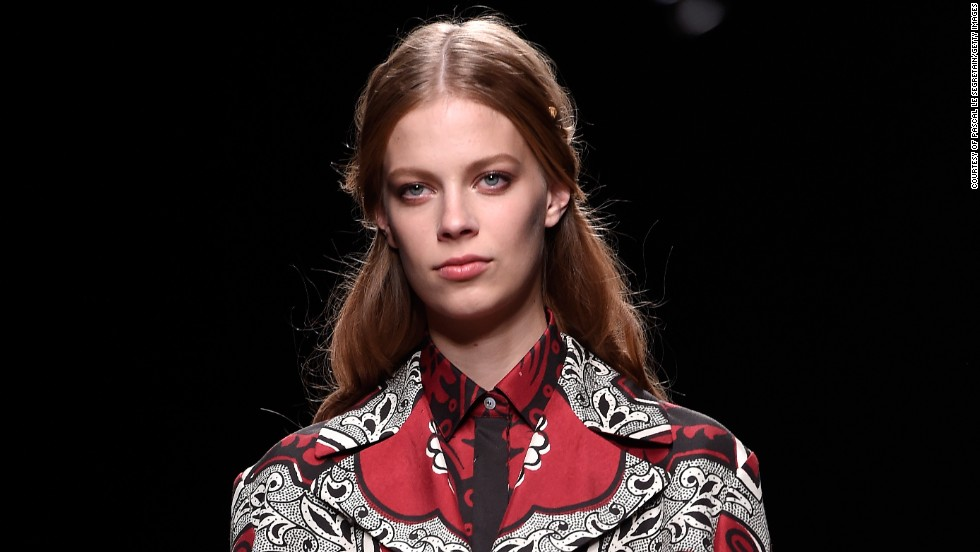 Intricate prints on elegant tailored pieces - what's not to love? Valentino impressed audiences with his detailed garments.