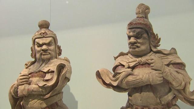 intv amanpour british museum ming_00004806.jpg