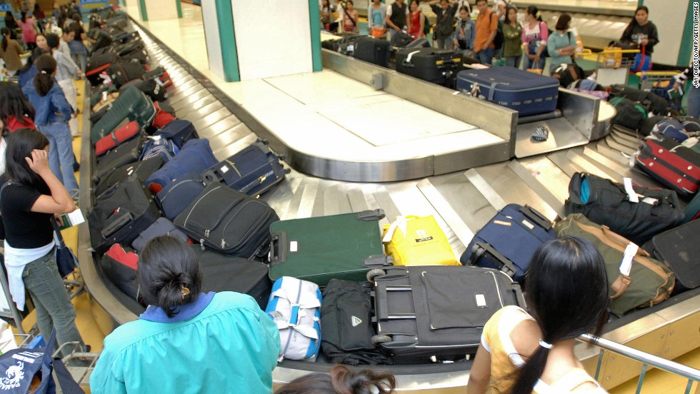 Would it hurt everyone to stand back from the luggage carousel a few feet?