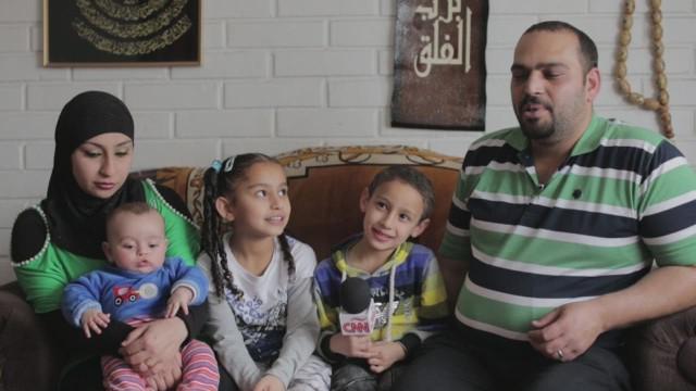 cnnee guler chile iraqi family_00000205.jpg