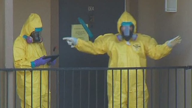ac tuchman ebola apartment cleaning _00023915.jpg
