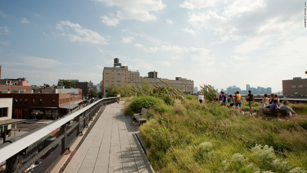 """There are several art installations (along the route), so it's like running through an outdoor museum,"" says runner Katie Shea of New York's 2.3-kilometer-long High Line park."