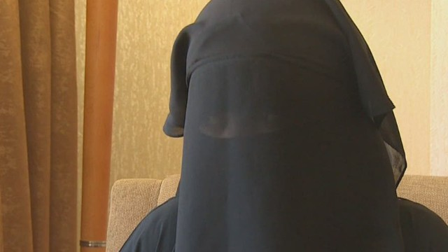 cnnee isis woman defector_00031416.jpg