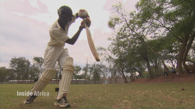 spc inside africa rwanda cricket a_00004607.jpg