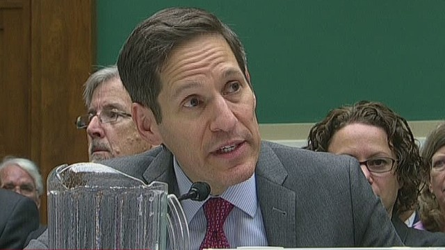 exp erin dnt foreman cdc grilled on ebola_00004919.jpg
