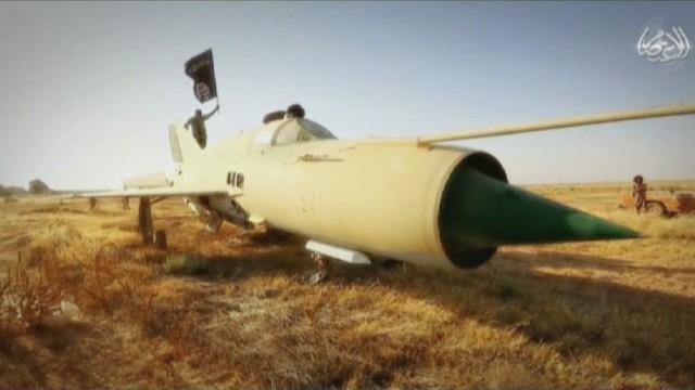 Lead Paton Walsh ISIS air force _00005303.jpg