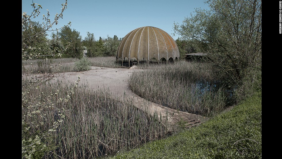 "According to La Grotta, the Woodpecker nightclub was built in the 1960s. It sits on an artificial hill with a small pond and a huge fiberglass dome. The club was designed by Filippo Monti but its heydays were short-lived: ""It was very humid and there were a lot of mosquitoes and frogs inside the room,"" says La Grotta.<br />"