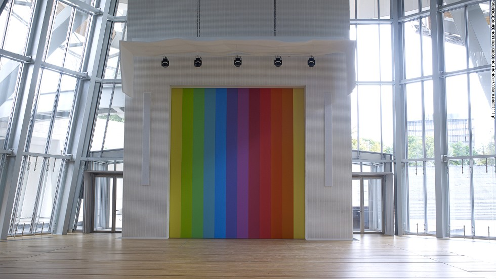 Ellsworth Kelly also created a location-specific piece for the Fondation. <em>Spectrum VIII</em>, a stage curtain, was created from one of his previous works.