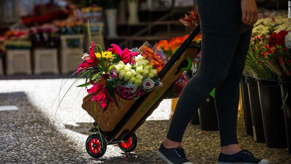 They can also be used as hand trolleys to carry bulky items. Or flowers.