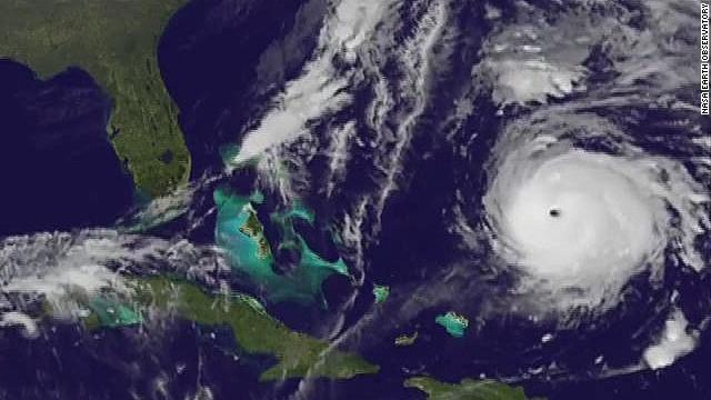 time-lapse hurricane gonzalo_00005326.jpg