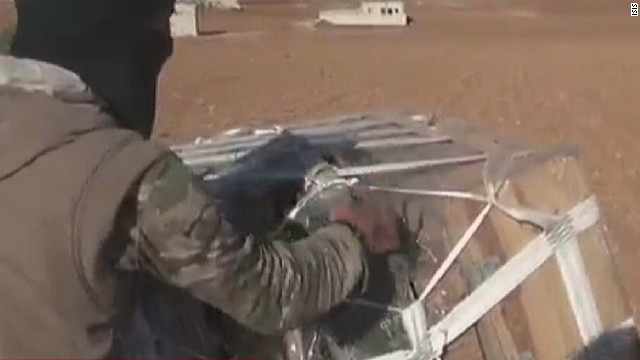 tsr dnt starr isis us airdrops weapons_00000201.jpg