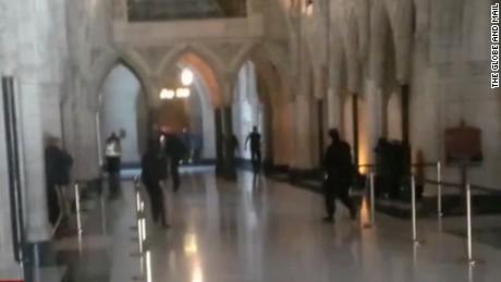 vo inside parliament building_00003929