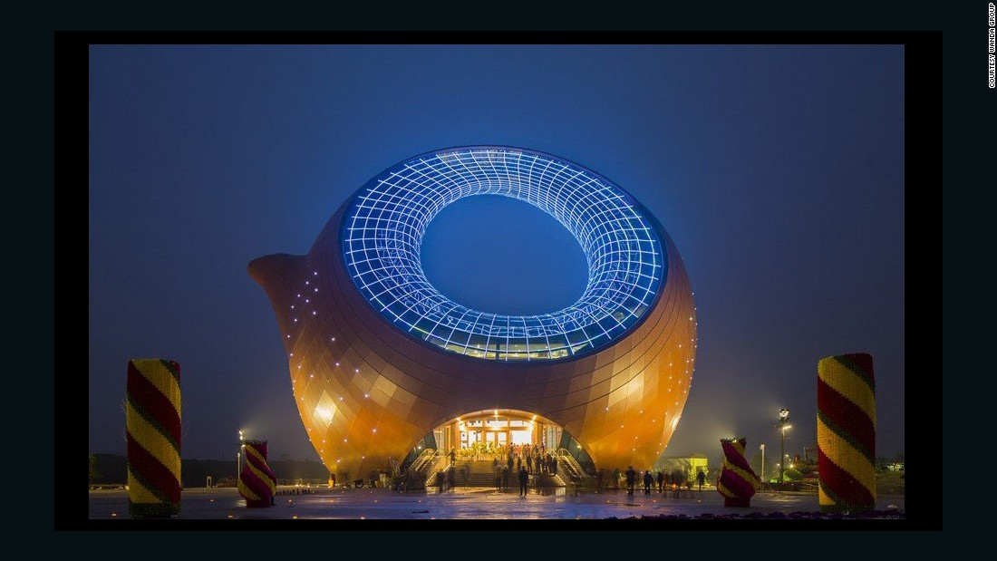 This teapot-shaped building was built in in Wuxi.