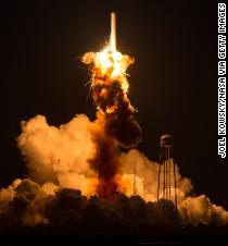 Teams investigate failure of rocket off Virginia coast ...