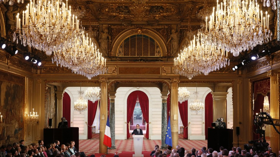 French President Francois Hollande attends a news conference at the Elysee Palace in Paris on September 18, 2014.