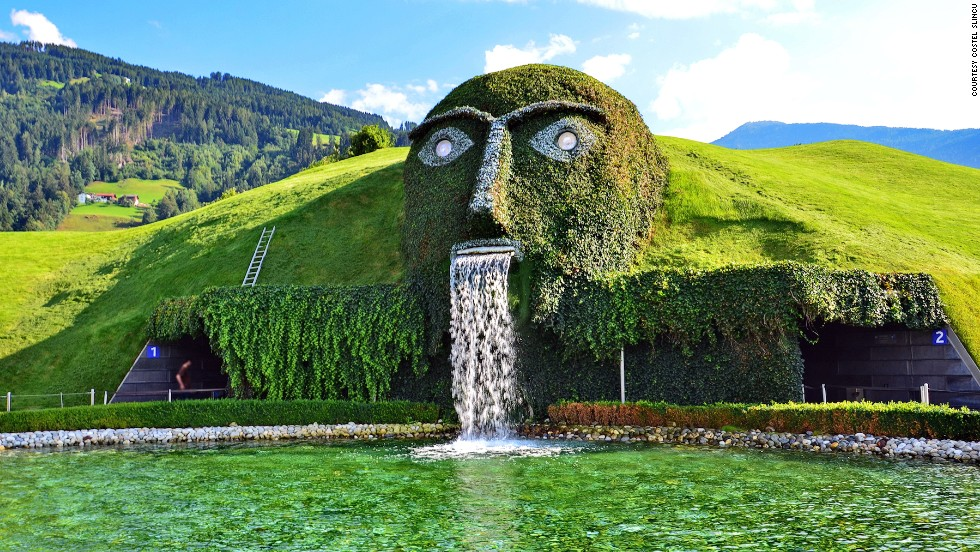 Based at Swarovski's Crystal Worlds in Innsbruck, Austria, this massive fountain has two large crystals for eyes. The enormous head marks the entrance to the kaleidoscope-like museum.