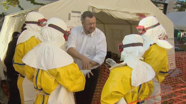 cnnee robertson swiss ebola medical training _00000622.jpg